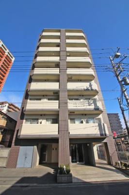 京浜東北線「与野」駅より徒歩約3分にあります。