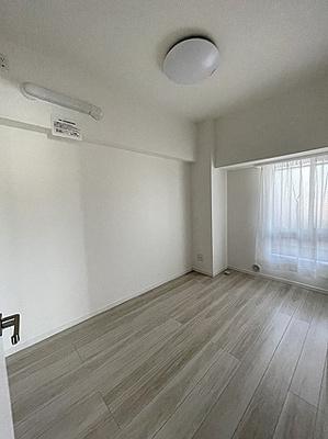 シンプルな洋室は子供部屋などにも適しております。