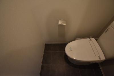 【トイレ】日当りよく住み心地よい2BED レジディア白金高輪Ⅱ