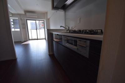 【キッチン】日当りよく住み心地よい2BED レジディア白金高輪Ⅱ
