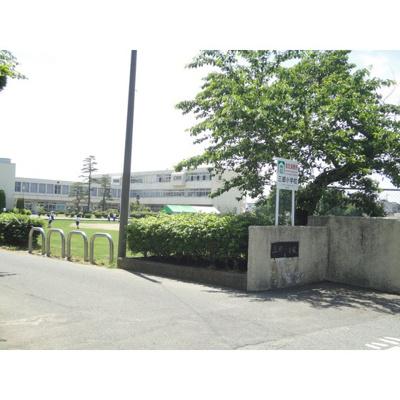 小学校「安曇野市立三郷小学校まで2036m」