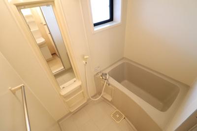 ★浴室(窓あり)★
