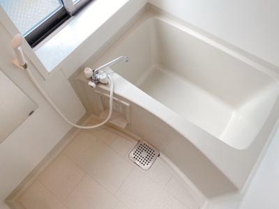 【浴室】アネーロ駒沢