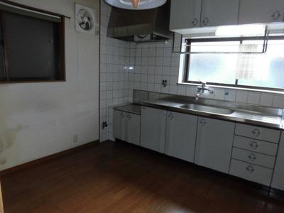 【キッチン】上本町西2丁目戸建住宅