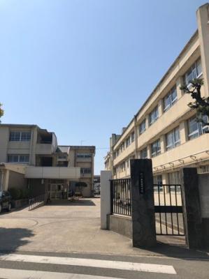 久米田中学校です