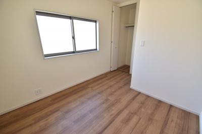 5.25帖の洋室。どんなお部屋の使い方をするかはあなた次第。