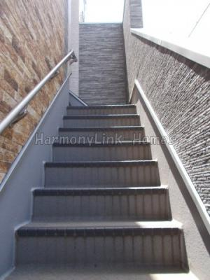 ブライト東長崎の階段☆