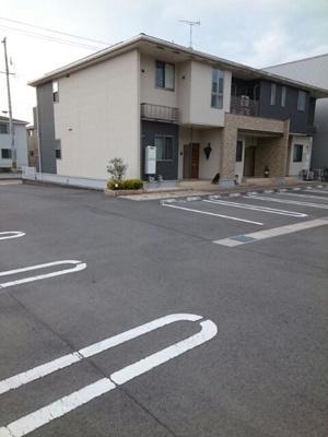 【駐車場】フローレンス・ユーB