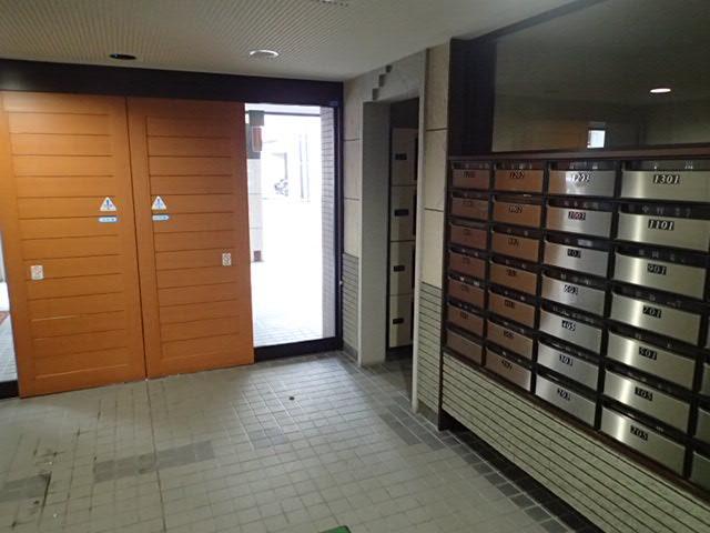 【エントランス】リラハイツルネス北九条壱番館