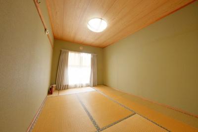 ≪玄関ホール≫戸建感覚のゆとりのある空間です。