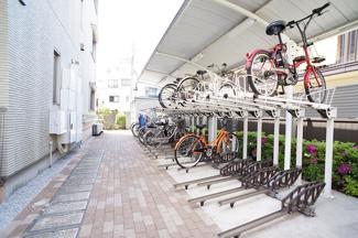 自転車置き場2台無料♪