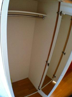 大型収納で整理ラクラク♪居室も広々使えます!