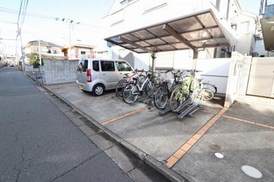 駐輪場・駐車場