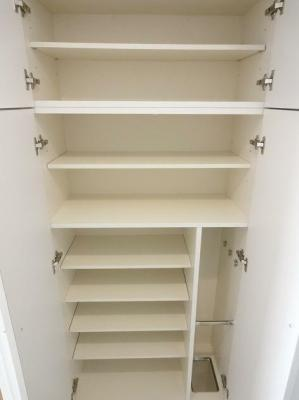 収納のためのスペースです※別仕様の為参照になります