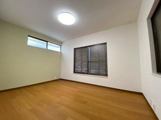 2階洋室6帖です♪室内外リフォーム済み!即ご入居していただけます(^^)ぜひ現地をご覧ください♪お気軽にネクストホープ不動産販売までお問い合わせを!!