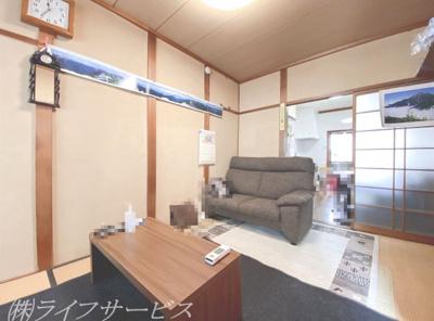 1階和室/窓側からの撮影