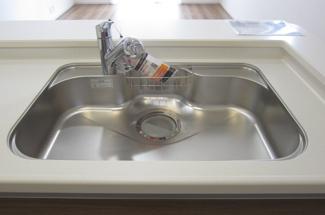 浄水器付きキッチン