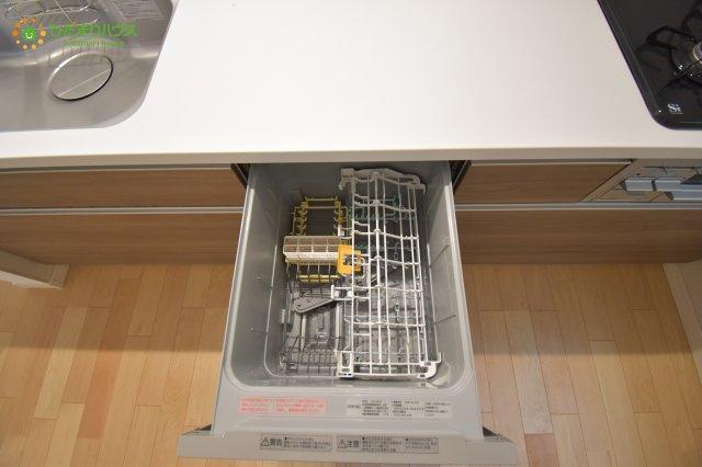 環境にもママの手にも優しい食器洗乾燥機付!☆