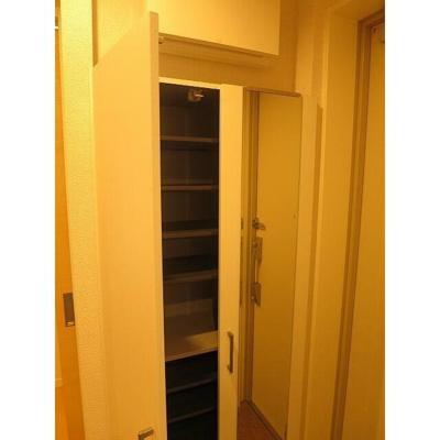 【玄関】MARI'S Apartment