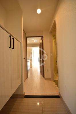 ロッカベラアパートメント 玄関スペース