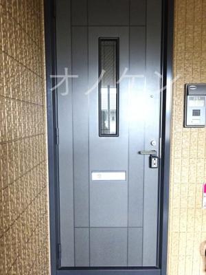 【玄関】ウイングコートB
