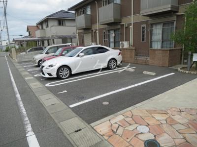 【駐車場】ル・パラディ
