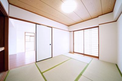 リビング横の和室です。