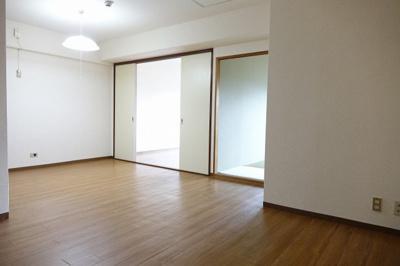 【居間・リビング】恒陽大宮公園マンション
