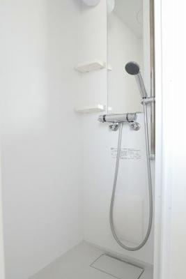 コーポすみれのさっと体を洗えるシャワールーム付です