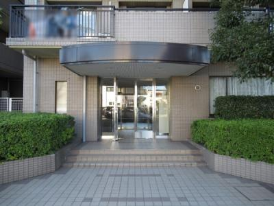 三井不動産株式会社旧分譲のマンションです。