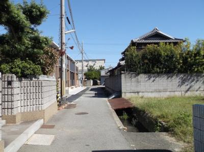 【前面道路含む現地写真】高津橋売り土地