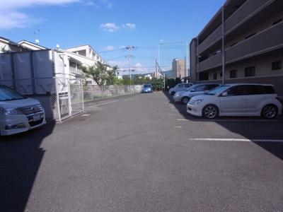 【駐車場】メゾンエクセレント