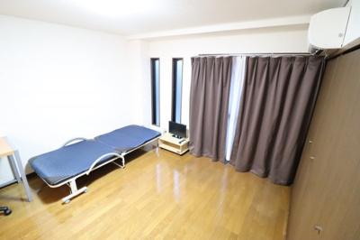 【寝室】Y'sマンション