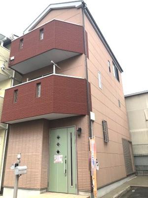 平成17年築の美麗な戸建です!!「門真南」駅まで徒歩14分♪