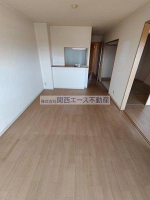 【居間・リビング】プリマヴェーラ・ヨシナガ