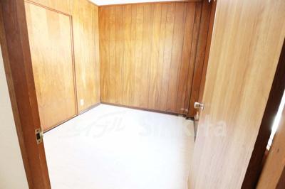 2階 洋室1