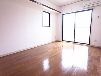 開放感のある部屋は心地がいいですね。