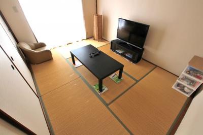 扉が引違いの戸ですので繋げてお部屋をつなげての仕様も可能です