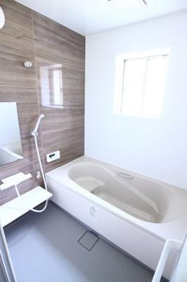 【浴室】朝霧南町3丁目賃貸戸建て