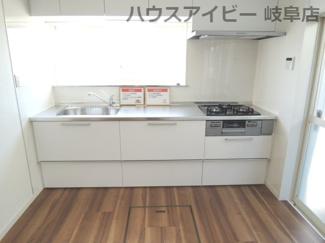 きれいなキッチンです♪岐阜市長良子正賀 リフォーム済み戸建て♪