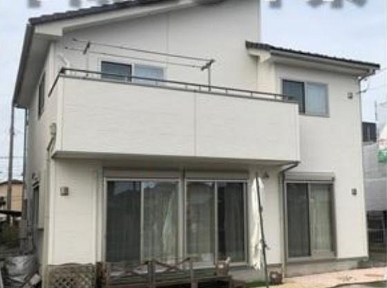 平成28年築の綺麗なお家!