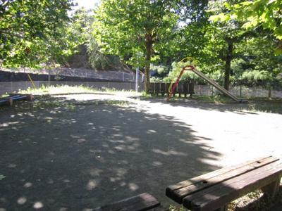 ≪敷地内公園≫