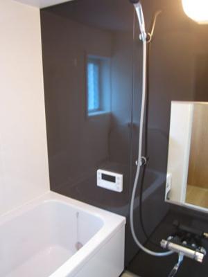 ≪浴室≫自動湯張り・追焚き機能付きです