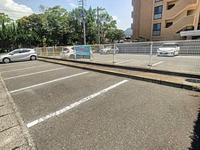 【駐車場】ウィンベル勝山1