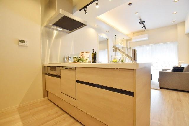 物件のお問い合わせは、 0120-700-968までお気軽にどうぞ! 人気のカウンターキッチン 食洗機付き