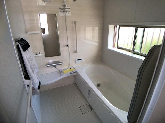 1坪タイプのお風呂です。