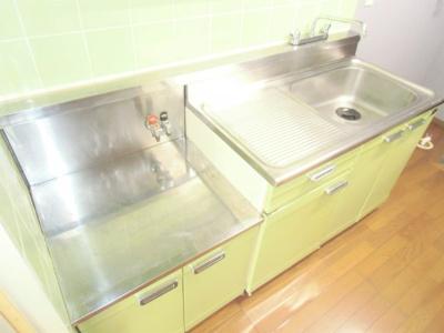 【キッチン】ビラ・カスガ