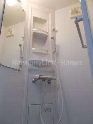 ソフィアオリーブの落ち着いた空間のシャワールームです☆