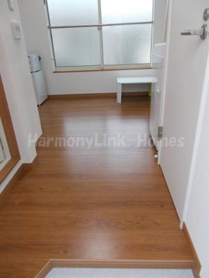 ソフィアオリーブのシンプルで使いやすい玄関です(別部屋参考写真)