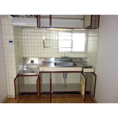 キッチンも収納スペース充実してます!